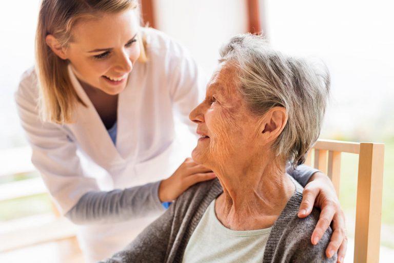 Comment éviter les escarres chez les personnes âgées ?