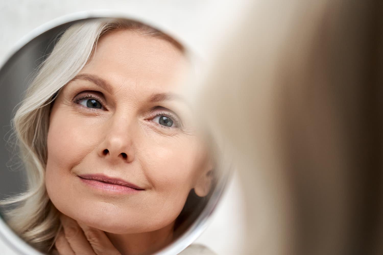 Read more about the article Quelles astuces pour prendre soin de ses cheveux?